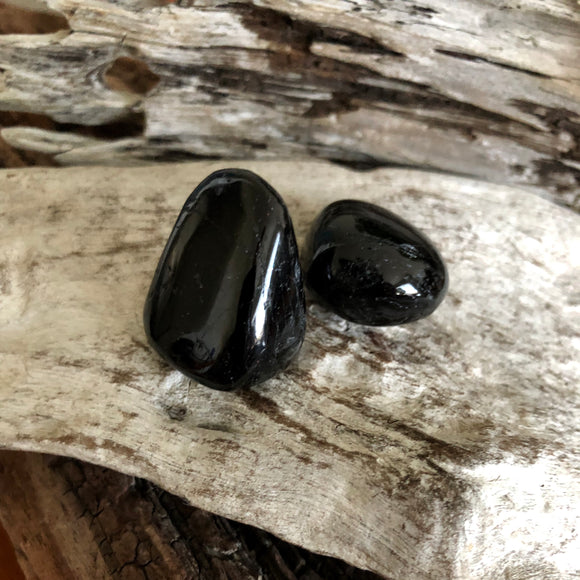 Black Tourmaline (Tumbled Stones)