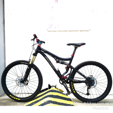 26er Pivot Mach 4 Full Air Suspension Mountain Bike