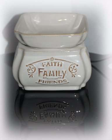 Faith , Family , Friends 2 in 1 warmer