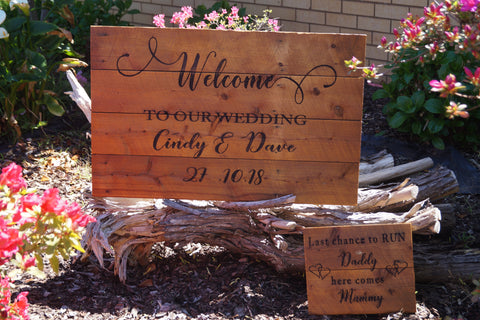 Welcome to Our Wedding PLUS Here Comes Mummy/The Bride Rustic Sign SET