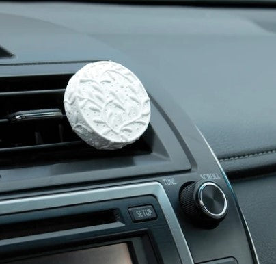 Car Diffuser - For Vent with BONUS 5 ml PURE Peppermint Oil