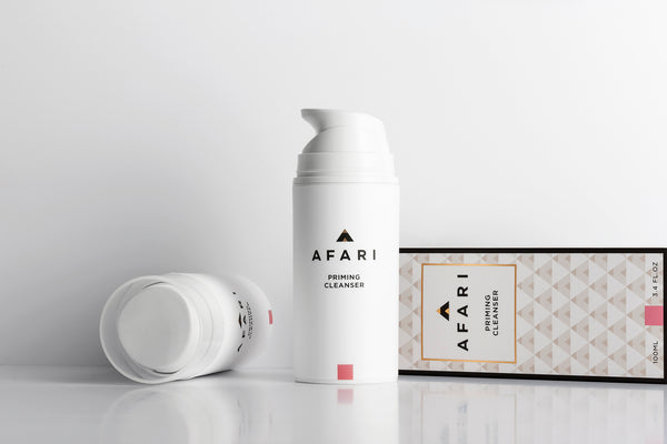 Afari Priming Cleanser is a rich, foaming face wash which removes dirt and makeup