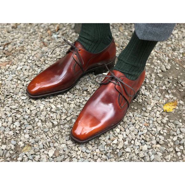 Norman Vilalta Decon Chelsea shoe on feet