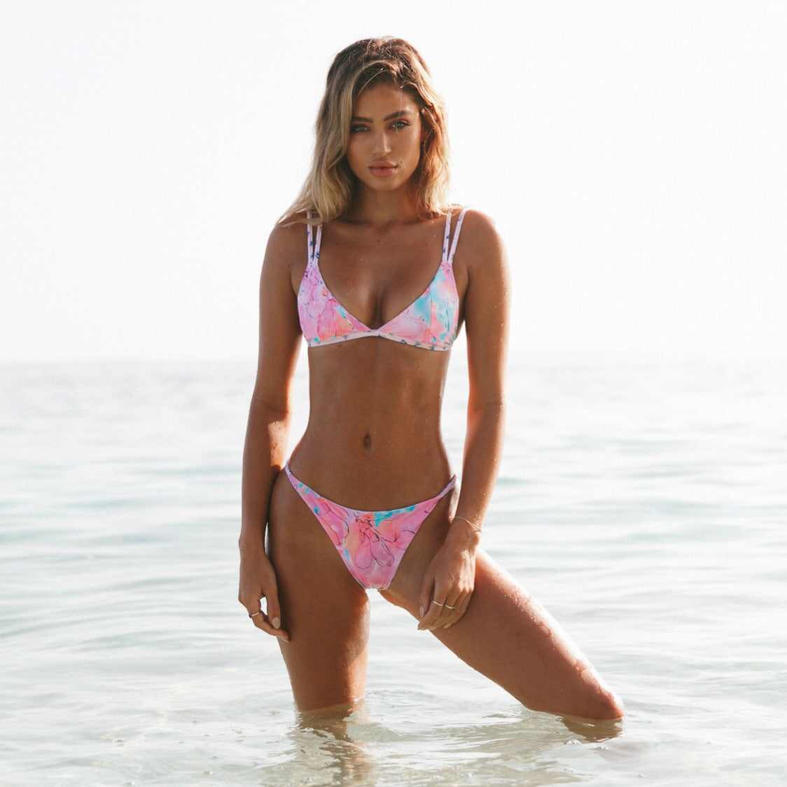 Scoop Triangle Bikini Top - Pretty Little Thing