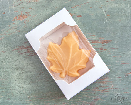 1.7oz Large Leaf Maple Candy Favor w/White Box