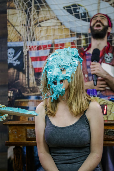 Blondes challenge Program 08 - pies in the face with humiliating slimed (Cecilia vs Nicoly)