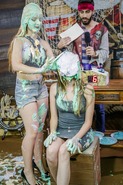 Game show with punishments of Pies in the face and Slimed in girl (Epic duel between Tati of program 02 and Gabi) PROGRAM 09