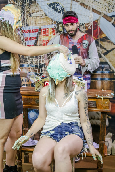 Two hot girls having lots of pies in their faces and being totally covered - Nathy vs Mari, Program 09