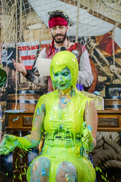 Brunette and blonde getting pied, and slimed brunette (Marih and Kauany) PART 02 FINALLE - Program 10