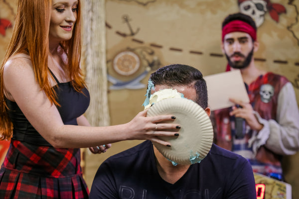 Pie Face Guys Challenge 14 [Great classic 16 minutes, men vs girls / men vs men] with Marcio and Eduardo
