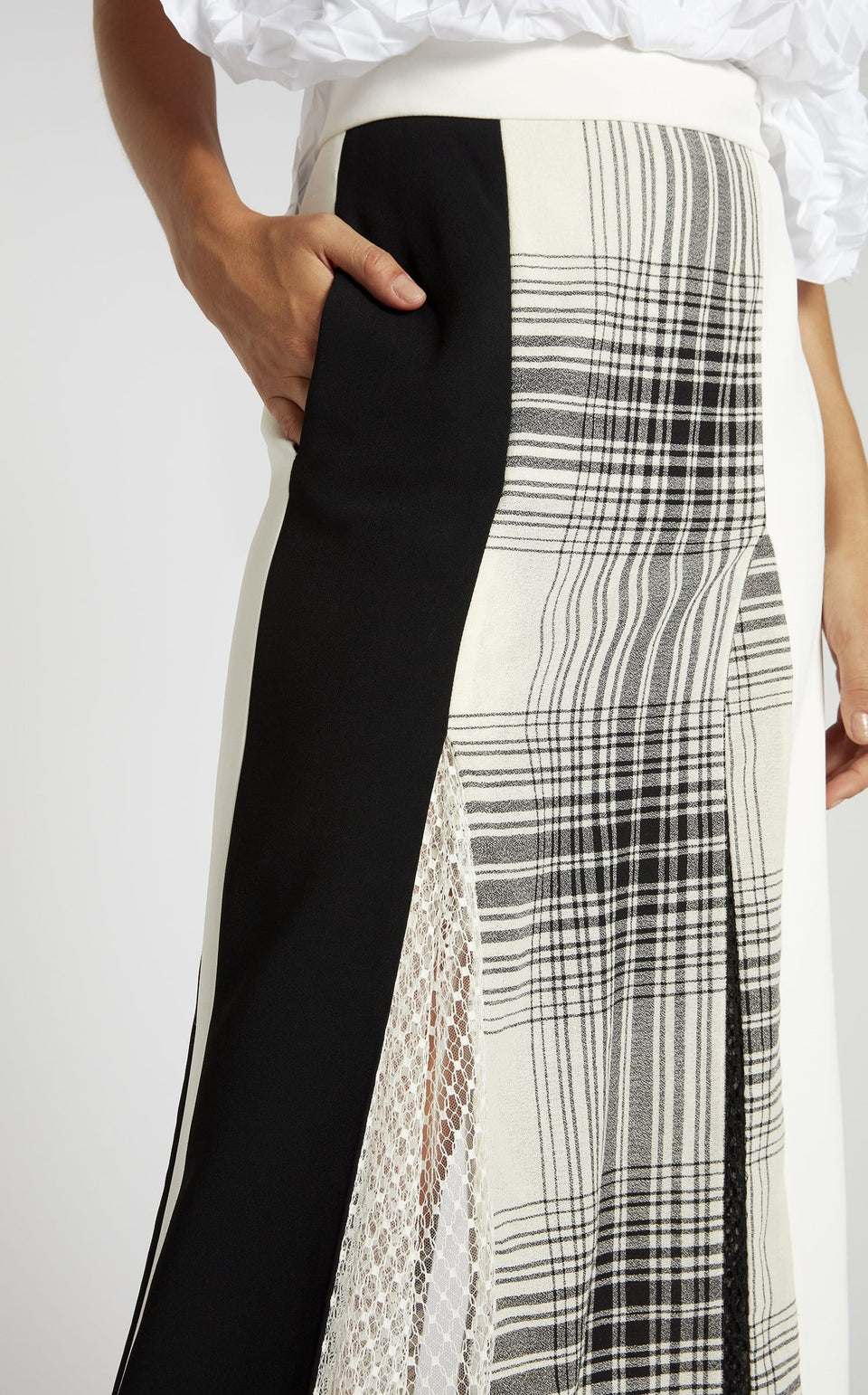 Havana Skirt In Monochrome from Roland Mouret