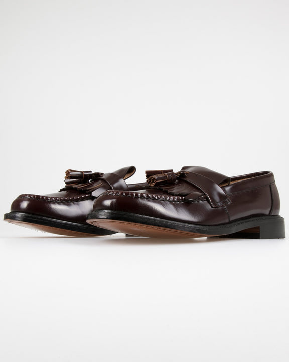 Loake Brighton Polished Tassel Loafer - Oxblood Loake Shoemakers Shoes Loake Brighton Polished Tassel Loafer - Oxblood - Jeans and Street Fashion from Jeanstore