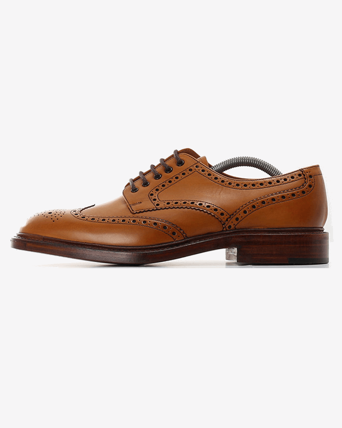 Loake Chester Brogue - Tan UK 7 CHET27 5050362010006 Loake Shoemakers Shoes Loake Chester Brogue - Tan - Jeans and Street Fashion from Jeanstore