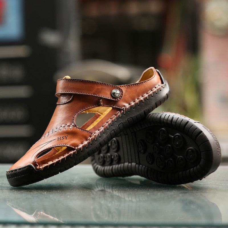 2019 Fashion Summer Sandals flat men Shoes Beach leather Breatherble sandals Platform men casual genuine outdoor Hiking shoes