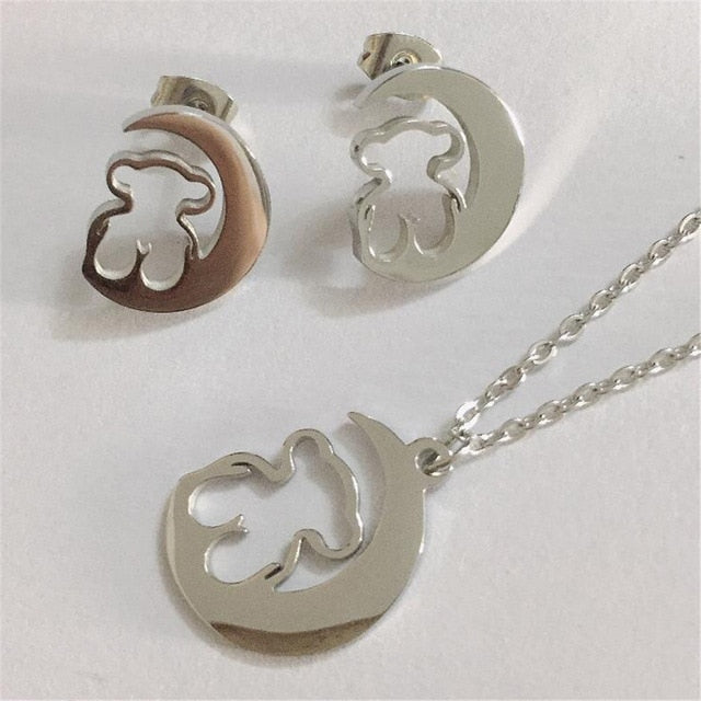 Bear necklace Stainless Steel Moon Bear Necklace Jewelry Women Animal Necklace & Pendants Party Accessories Mama Bear Gift