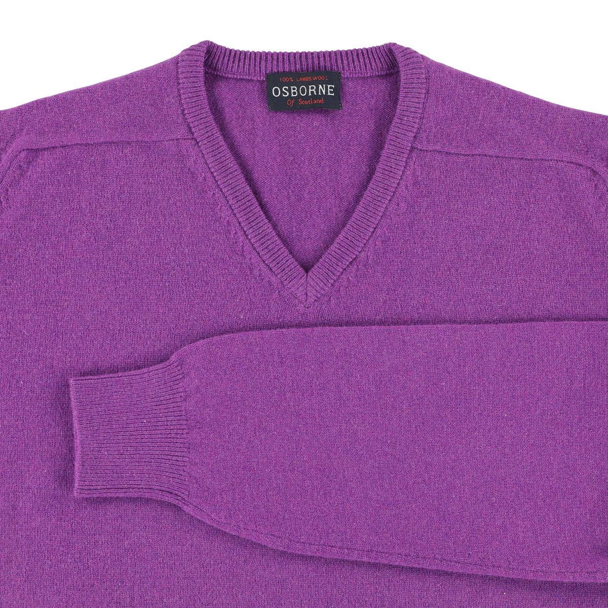 "Lambswool V neck ""Foxglove"""