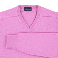 "Lambswool V neck ""Showbiz"""