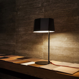Zhe Table Lamp - Matte Black