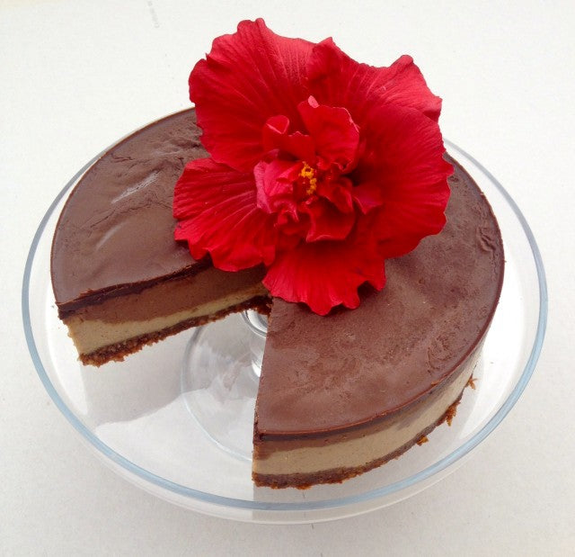 Raw Chocolate and Caramel Cheesecake