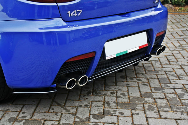 CENTRAL REAR SPLITTER ALFA ROMEO 147 GTA (WITH VERTICAL BARS)