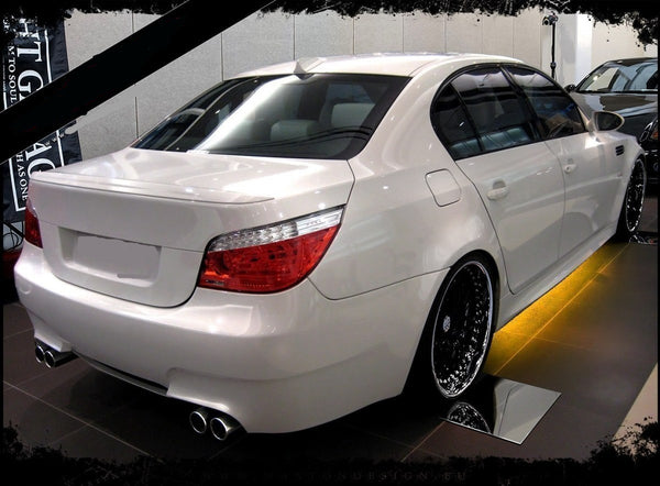 REAR BUMPER BMW 5 E60 < M5 LOOK >