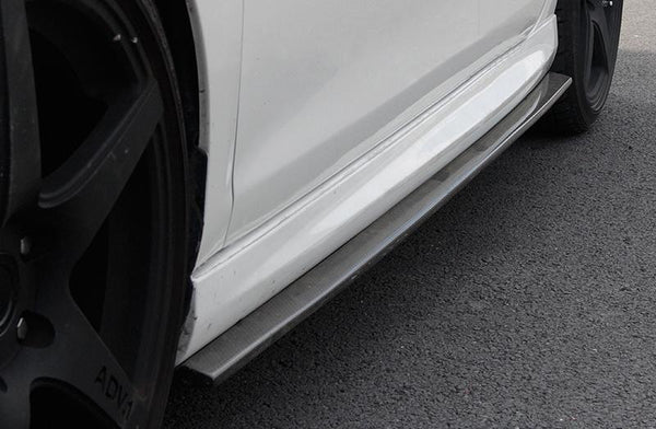 VW Golf VI R20 Carbon Fiber Side Skirts