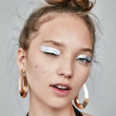 Festival Makeup Trend 3 Bold Silver