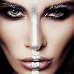 Festival Makeup Trend 5 you do you silver face stripe
