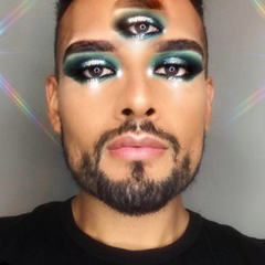 Festival Makeup Trend 5 - you do you - man with a third eye