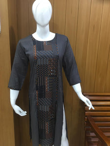 The Arabic Style Top