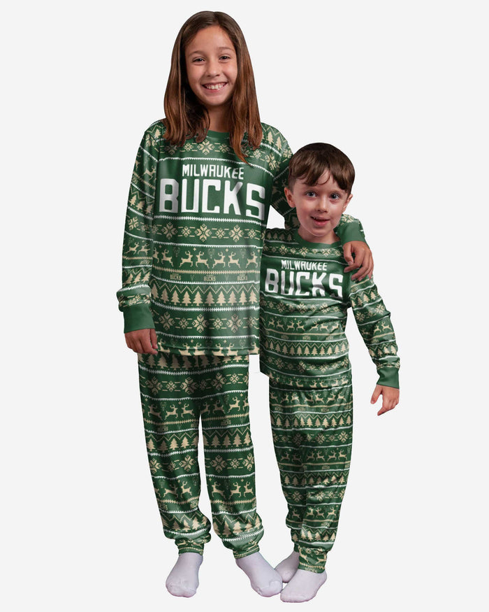 Milwaukee Bucks Youth Family Holiday Pajamas FOCO 8 (S) - FOCO.com