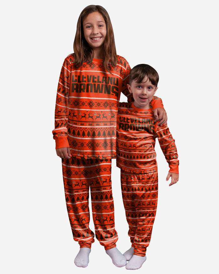 Cleveland Browns Youth Family Holiday Pajamas FOCO 4 - FOCO.com