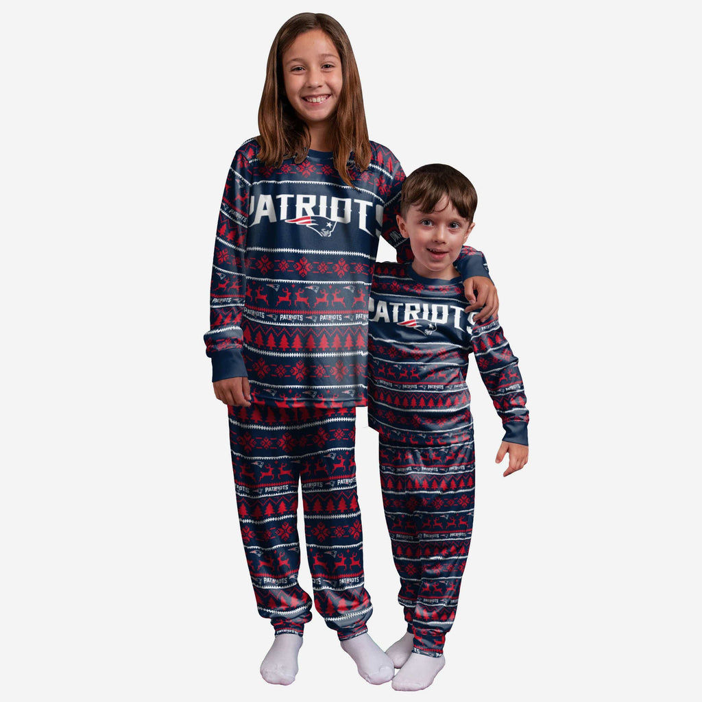 New England Patriots Youth Family Holiday Pajamas FOCO 4 - FOCO.com