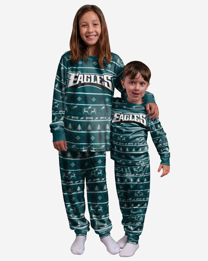 Philadelphia Eagles Youth Family Holiday Pajamas FOCO 4 - FOCO.com