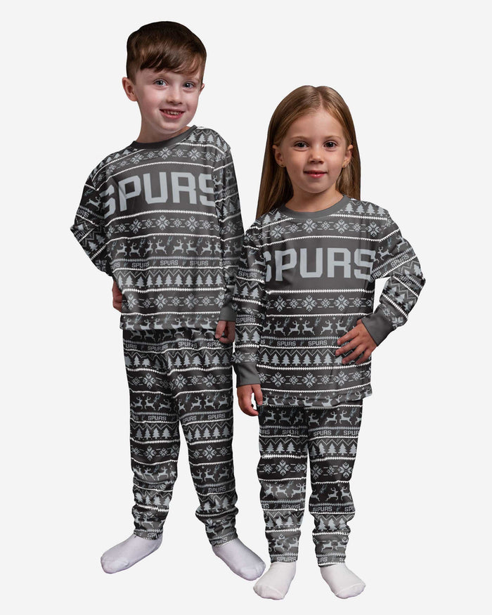 San Antonio Spurs Toddler Family Holiday Pajamas FOCO 2T - FOCO.com