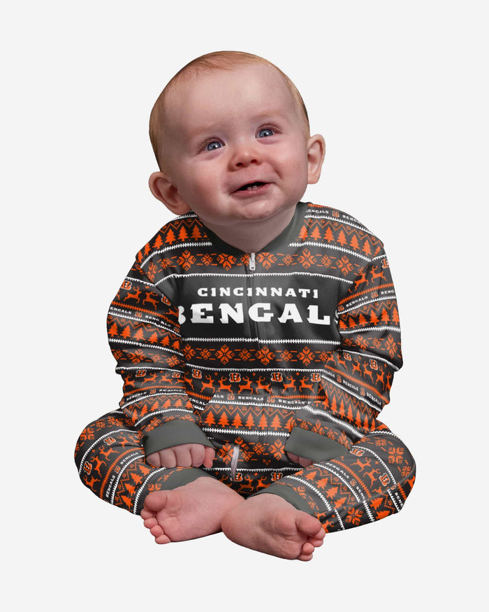 Cincinnati Bengals Infant Family Holiday Pajamas FOCO 12 mo - FOCO.com