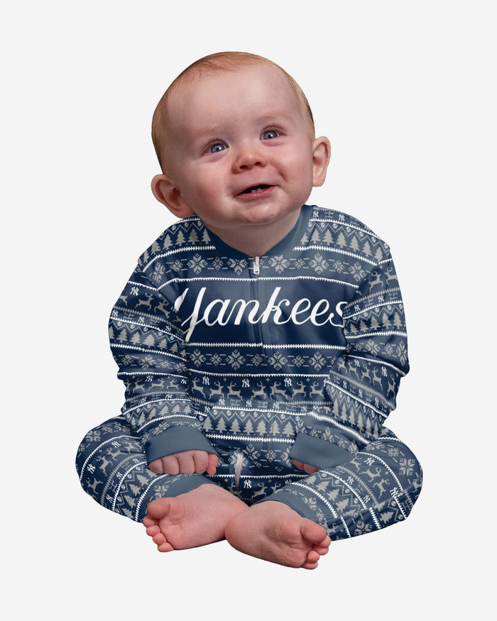 New York Yankees Infant Family Holiday Pajamas FOCO 12 mo - FOCO.com