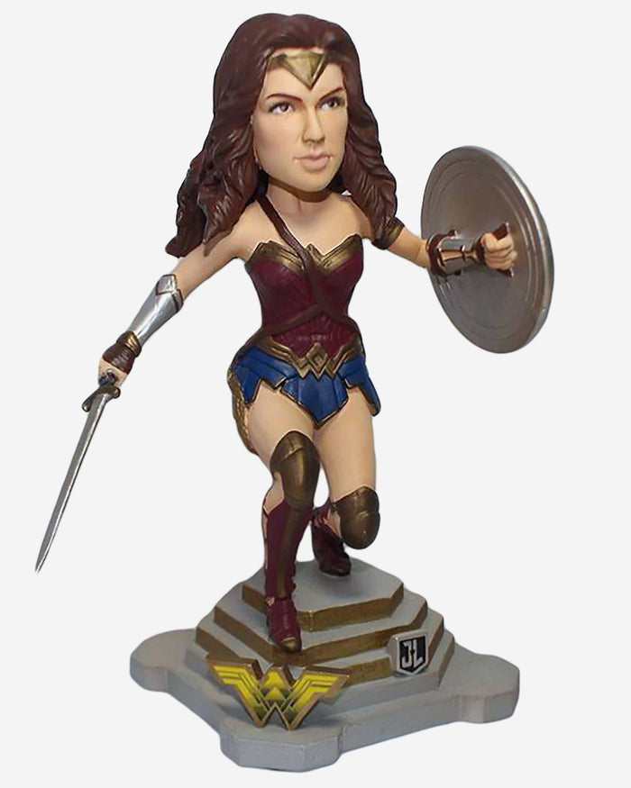 Wonder Woman Justice League Bobblehead FOCO - FOCO.com