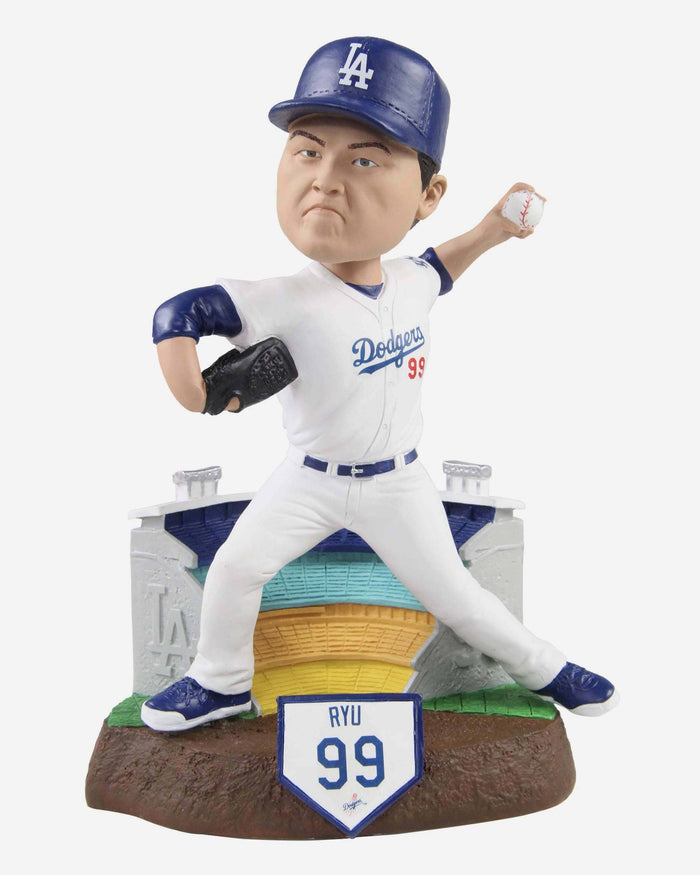Hyun Jin Ryu Los Angeles Dodgers Thematic Bobblehead FOCO - FOCO.com