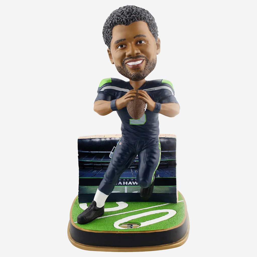 Russell Wilson Seattle Seahawks Game Day Stadium Bobblehead FOCO - FOCO.com