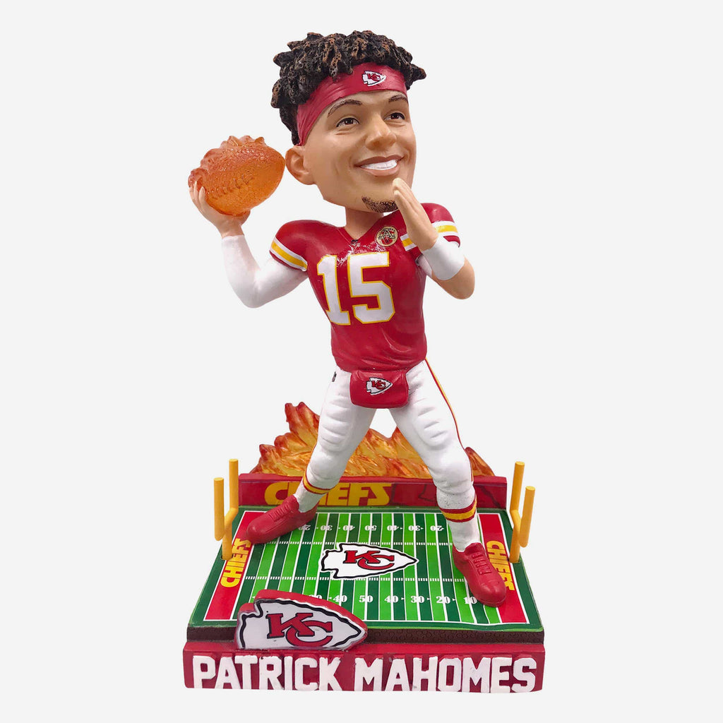Patrick Mahomes Kansas City Chiefs On Fire Bobblehead FOCO - FOCO.com