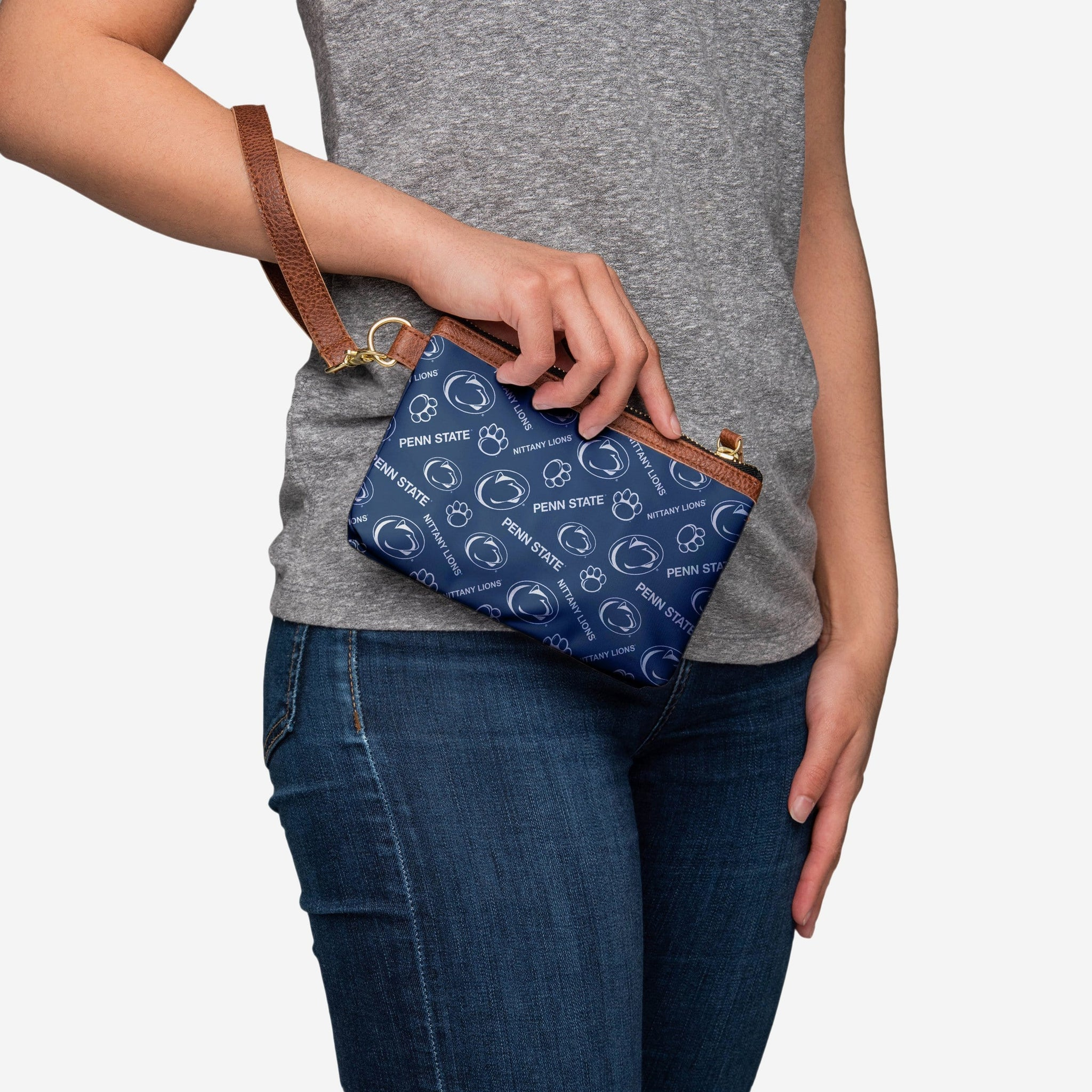9232d46e97c Penn State Nittany Lions Printed Collection Repeat Logo Wristlet FOCO -  FOCO.com