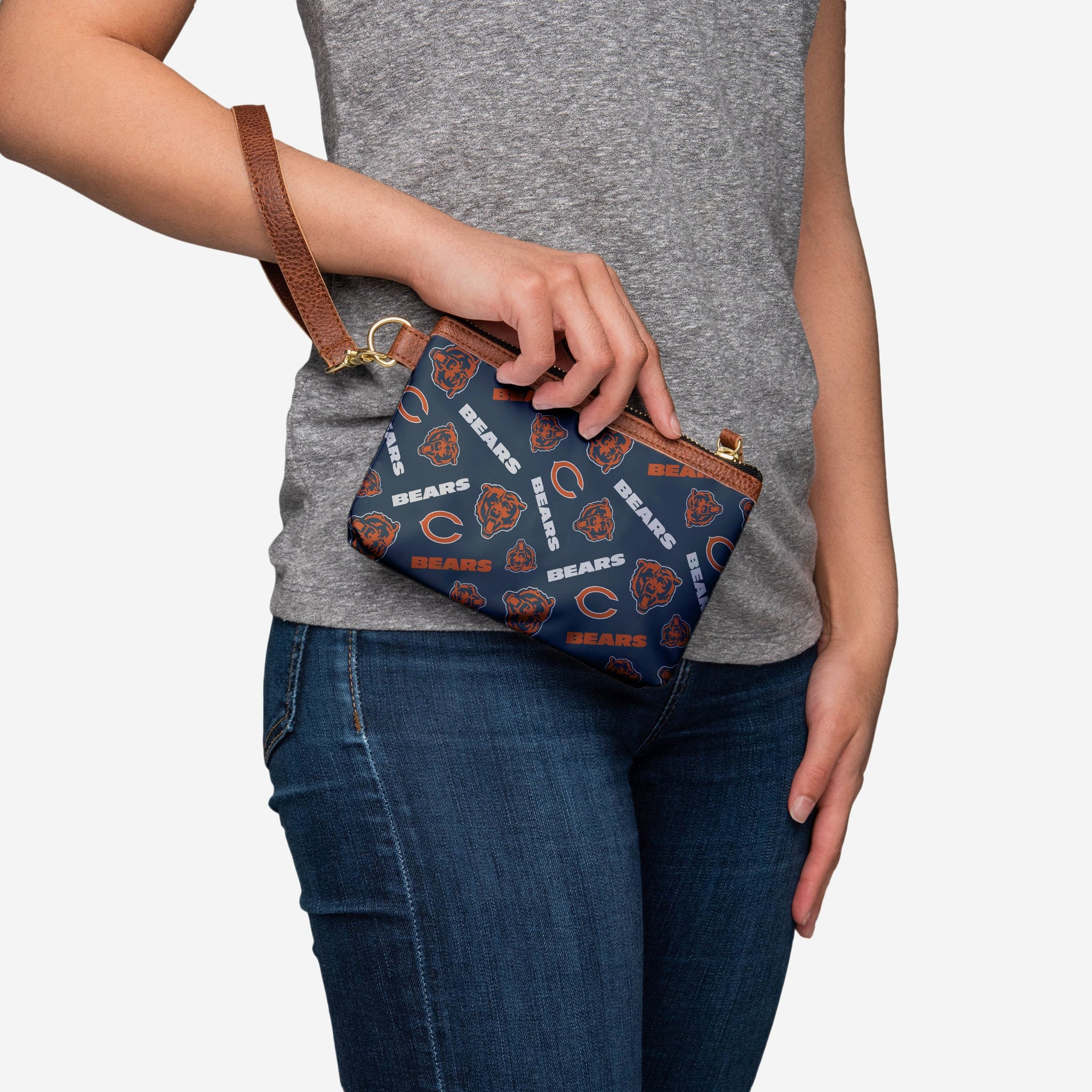 Chicago Bears Printed Collection Repeat Logo Wristlet