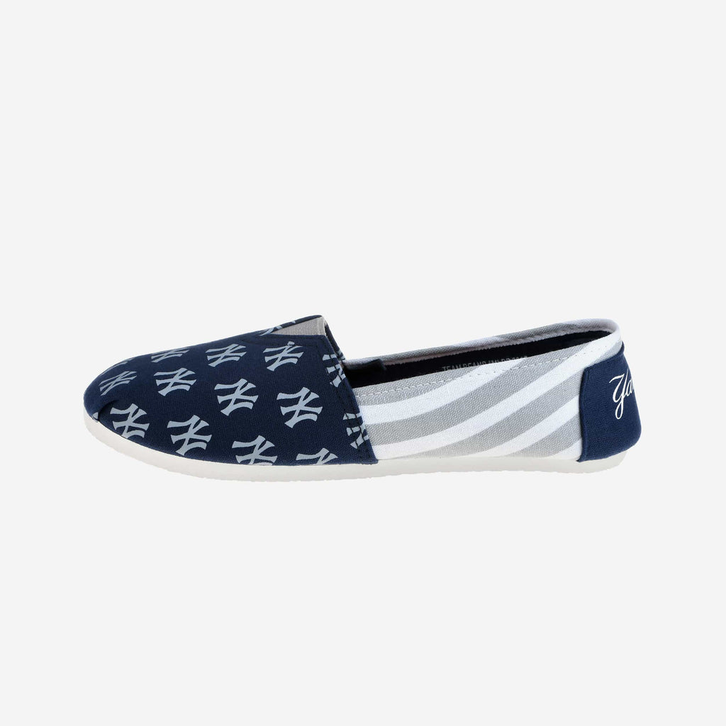 New York Yankees Womens Stripe Canvas Shoe FOCO - FOCO.com