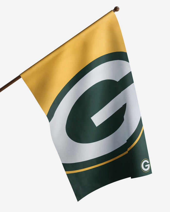 Green Bay Packers Vertical Flag FOCO - FOCO.com