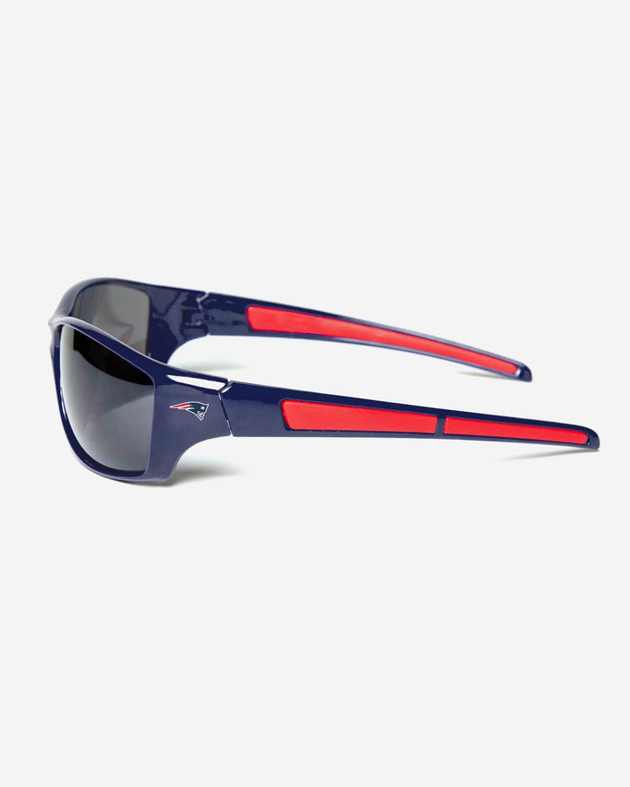 New England Patriots Athletic Wrap Sunglasses FOCO - FOCO.com
