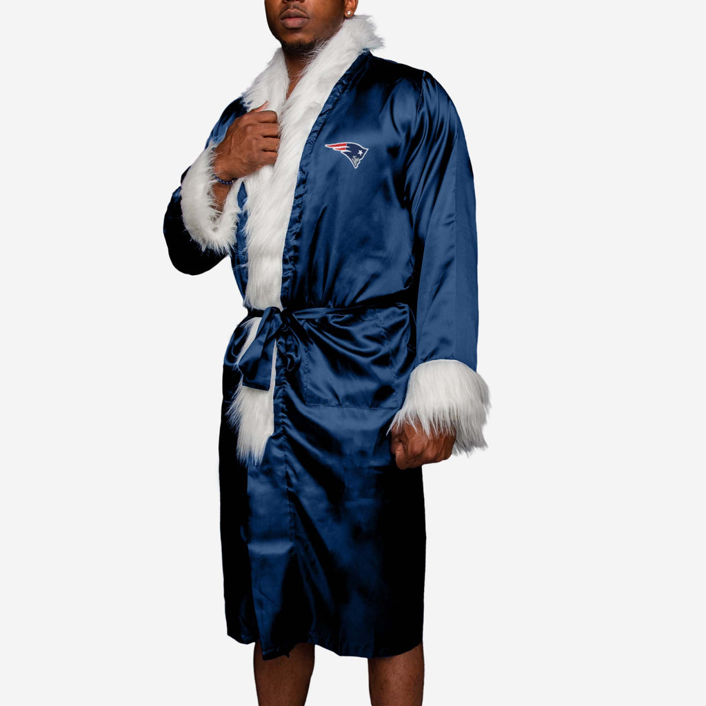 New England Patriots Team Wrestling Robe FOCO - FOCO.com