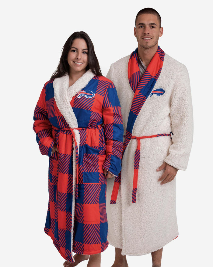 Buffalo Bills Lounge Life Reversible Robe FOCO S/M - FOCO.com