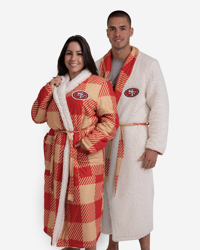 San Francisco 49ers Lounge Life Reversible Robe FOCO S/M - FOCO.com