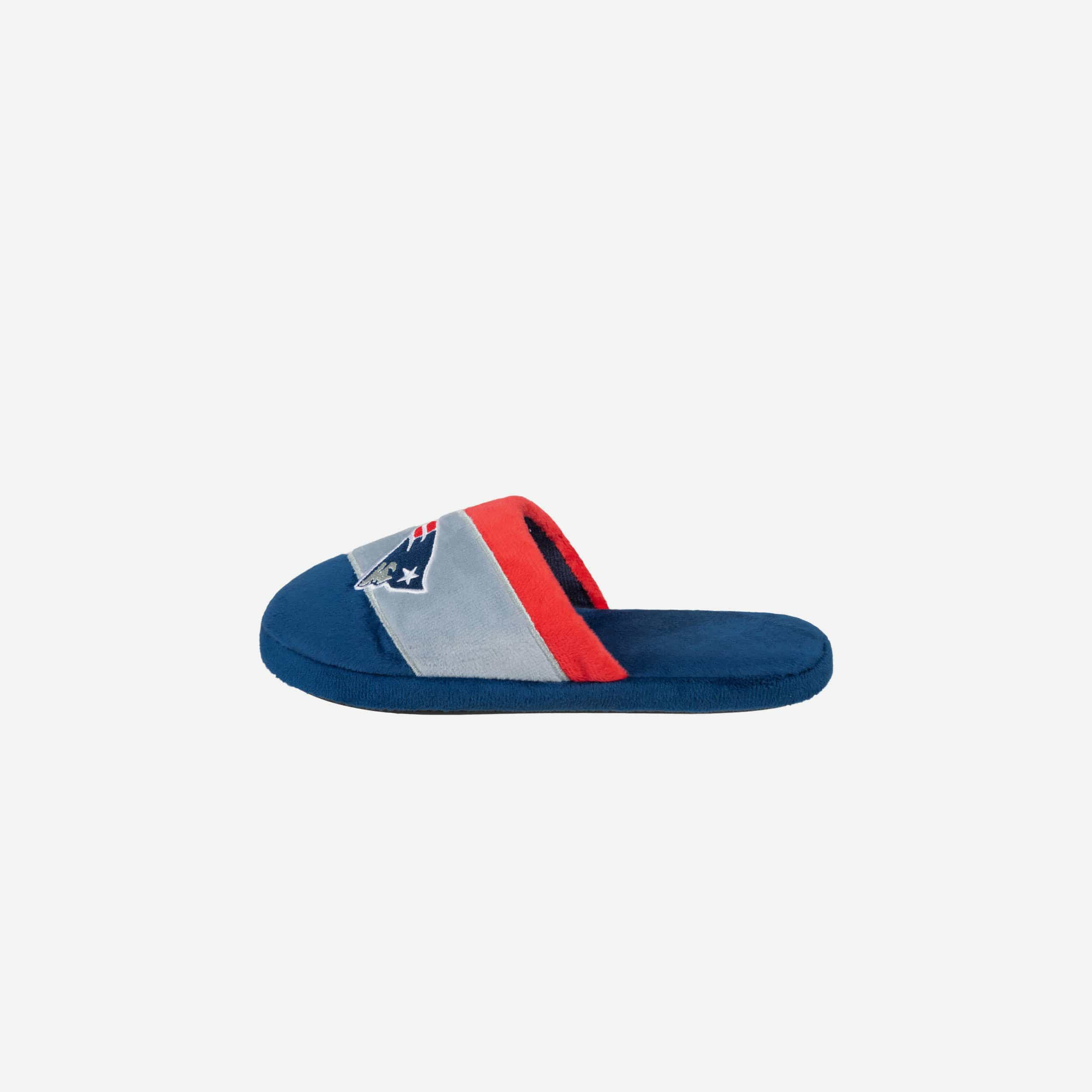 FOCO New England Patriots Youth Slippers